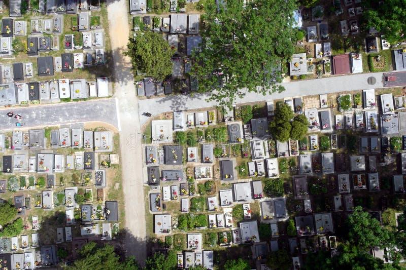 Foto aerea del cimitero fotografia stock libera da diritti