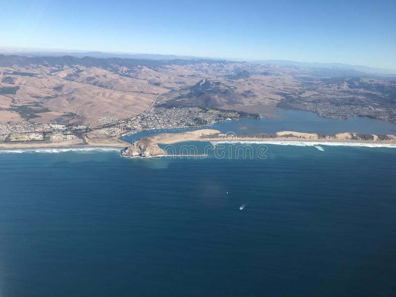 Foto aerea della baia di Morro - la contea di San Luis Obispo California immagine stock libera da diritti