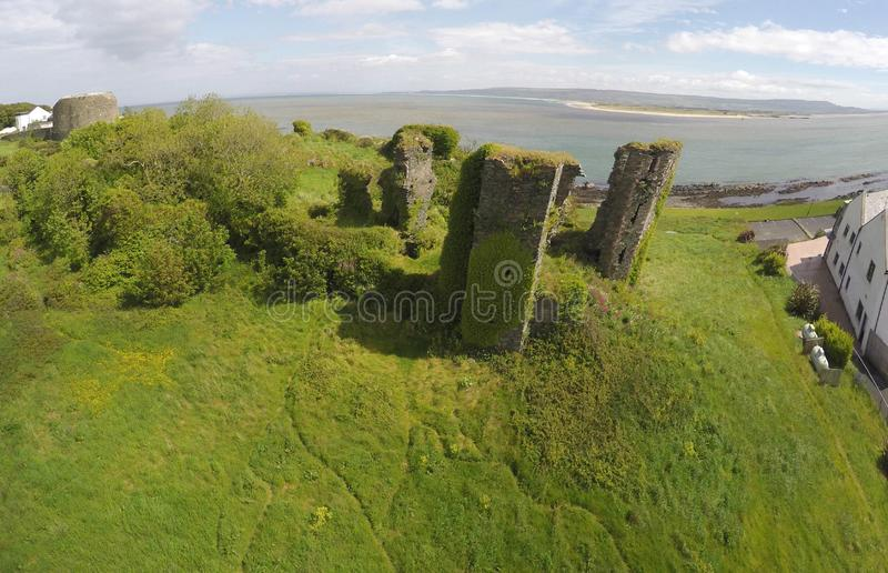 Foto aerea di Redcastle o Il Donegal, Irlanda 2017 fotografia stock