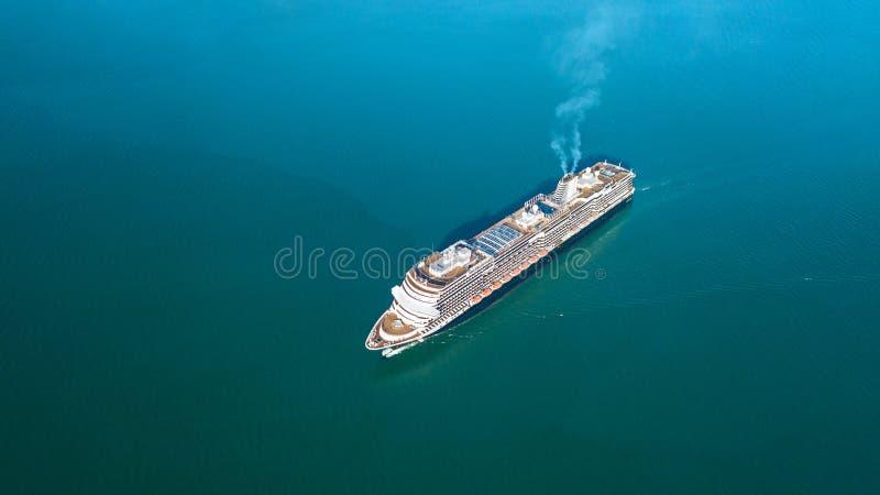 Foto aerea di una nave da crociera fotografia stock libera da diritti