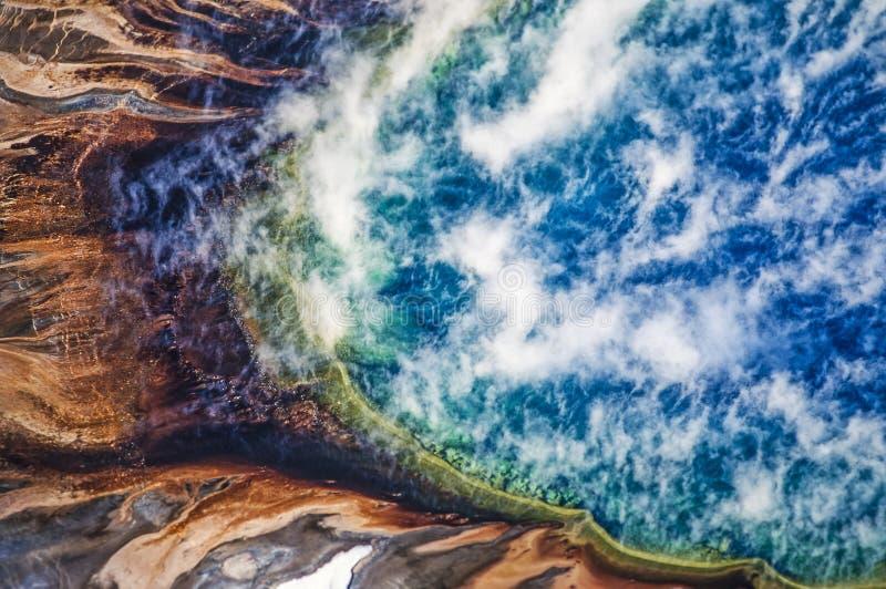 Foto aerea prismatico del parco di Yellowstone di grande fotografie stock libere da diritti