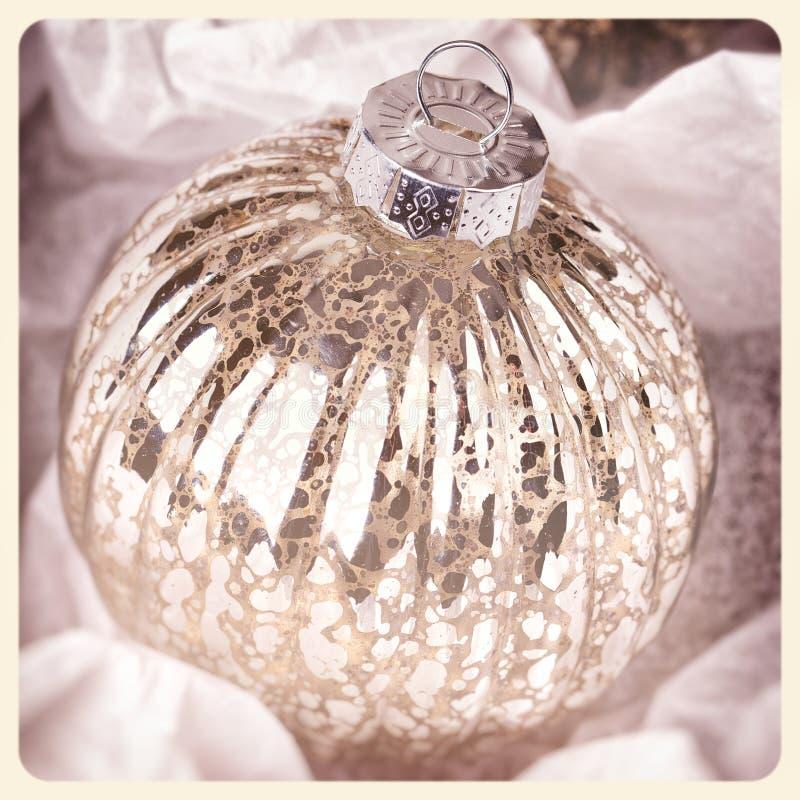Foto antigua del instante de la chuchería de la Navidad fotos de archivo libres de regalías