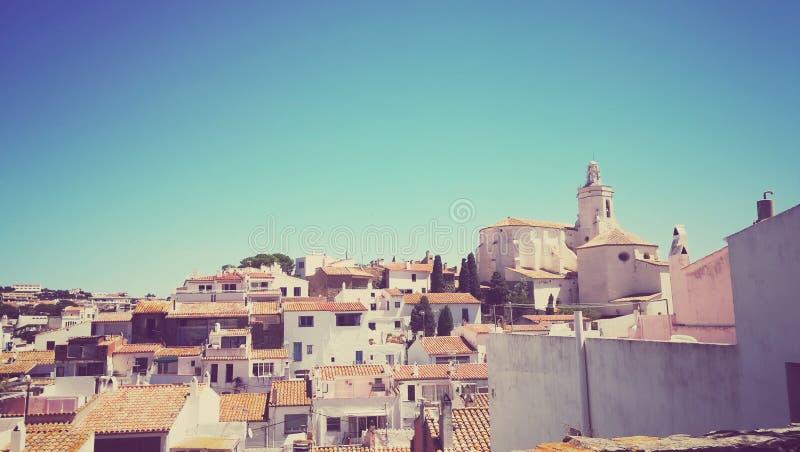 Foto av Cadaques, en tipical medelhavs- stad i Costa Brava, Girona & x28; Catalunya Spain& x29; arkivfoto