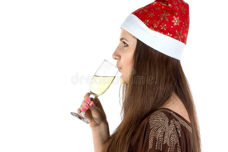 Foto av den dricka unga kvinnan royaltyfri bild
