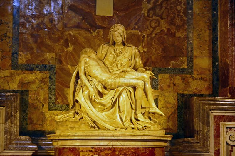 Foto av den original- `en för skulptur`-Pieta av Michelangelo Buonarroti fotografering för bildbyråer