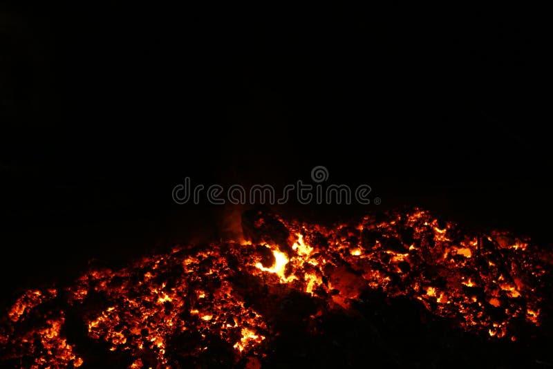 Foto av den vulkaniska askaen royaltyfri foto