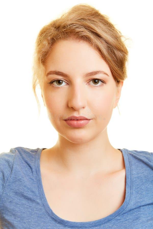 Foto biom?trica do passaporte de uma jovem mulher fotos de stock royalty free