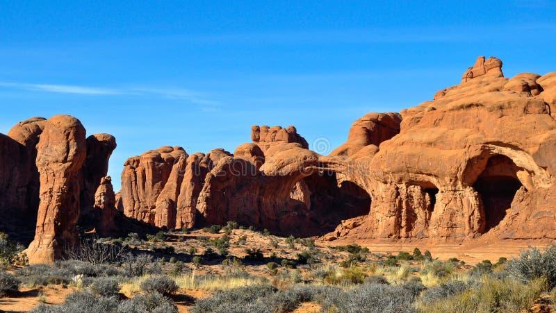 Download Foto Común De La Formación De Roca Roja, Parque Nacional De Los Arcos Imagen de archivo - Imagen de rojo, parque: 42445781