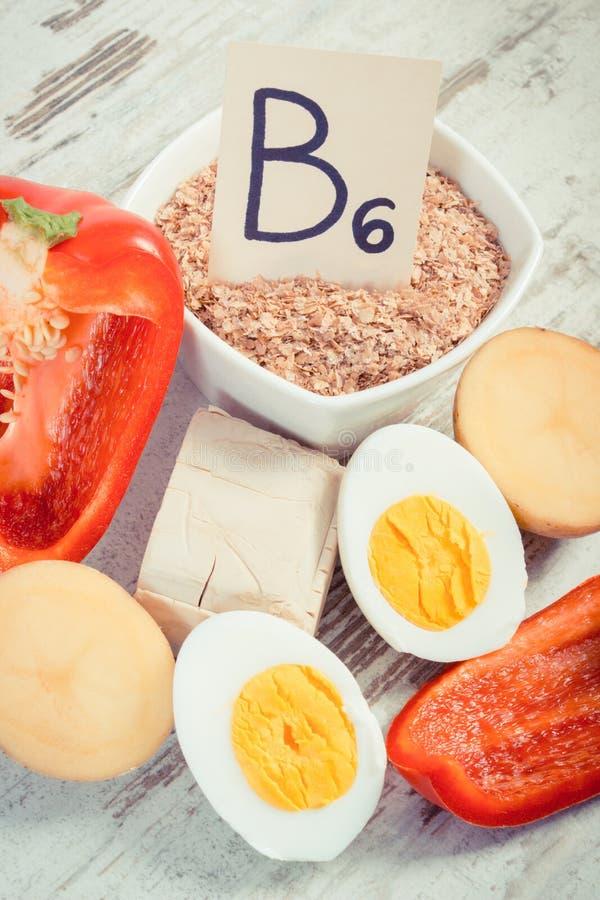 Foto d'annata, prodotti che contengono vitamina b6 e fibra dietetica immagini stock libere da diritti