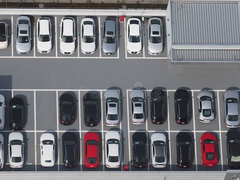 Foto da vista superior do parque de estacionamento fotos de stock royalty free