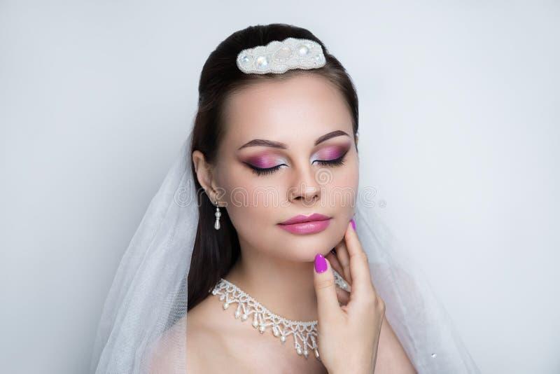 Foto de la boda de la belleza de la mujer imagen de archivo libre de regalías
