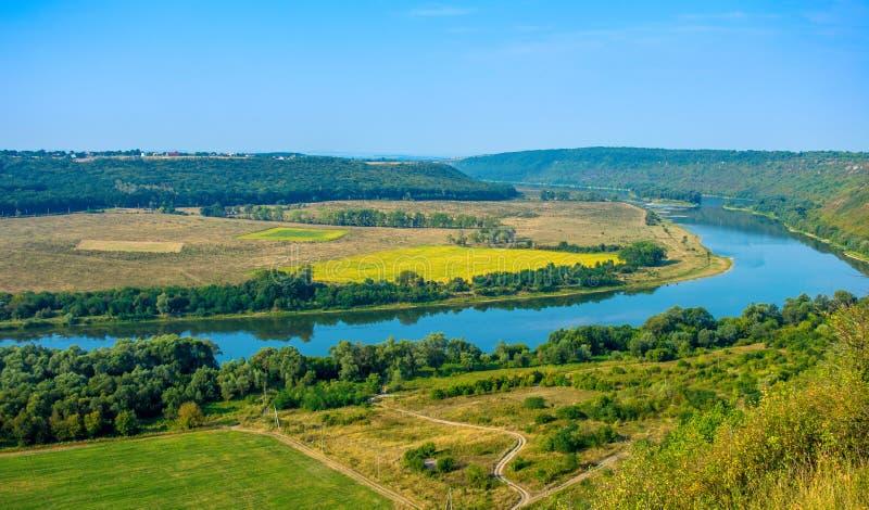 Foto de la opinión aérea del barranco magnífico del río foto de archivo libre de regalías