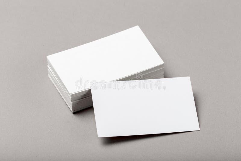 Foto de la pila de las tarjetas de visita Plantilla para la identidad de marcado en caliente foto de archivo libre de regalías