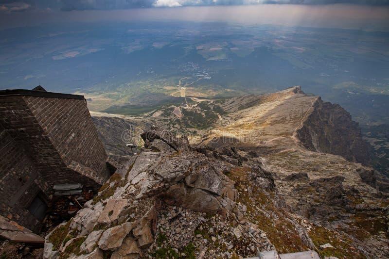 Foto de montanhas altas bonitas de Tatra, Eslováquia, Europa fotografia de stock royalty free
