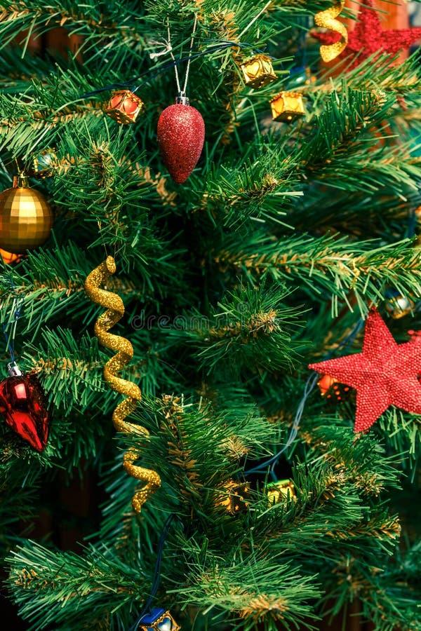 Foto del árbol adornado del Año Nuevo fotos de archivo libres de regalías