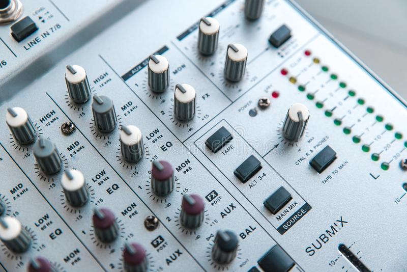 Foto del mezclador audio análogo foto de archivo