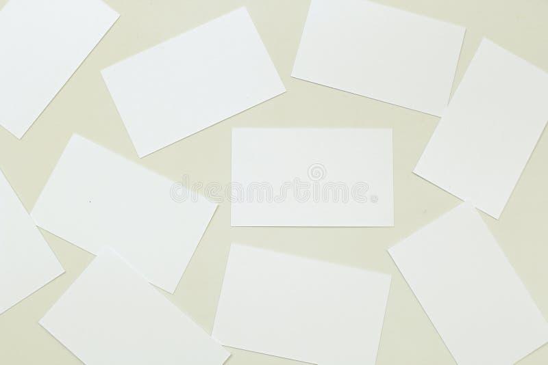 Foto della pila dei biglietti da visita immagini stock