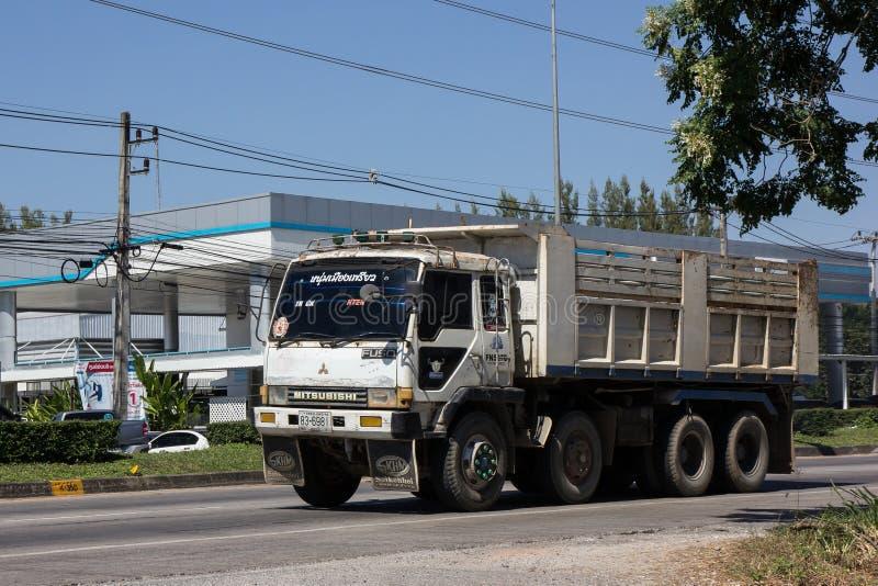 Foto an der keiner Straße 121 ungefähr 8 Kilometer vom Stadtzentrum stockfotos