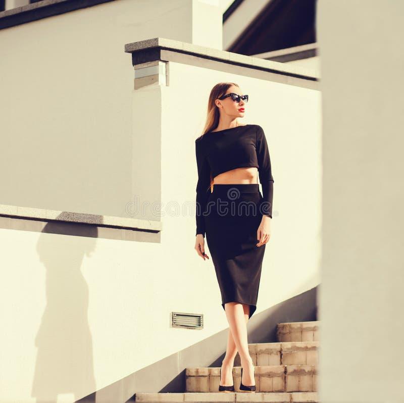 Foto der Mode im Freien der Schönheit stockfotos