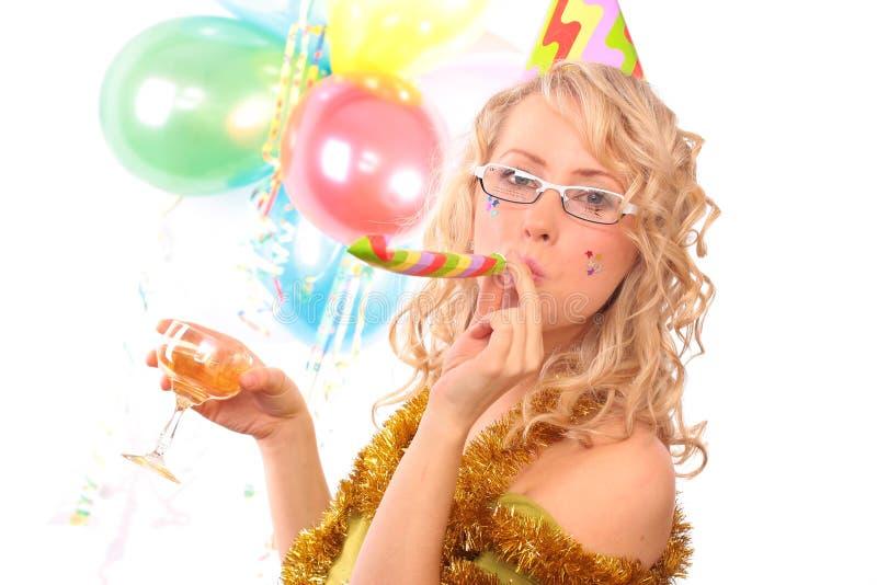 Foto des schönen Mädchens während des Karnevals lizenzfreies stockfoto