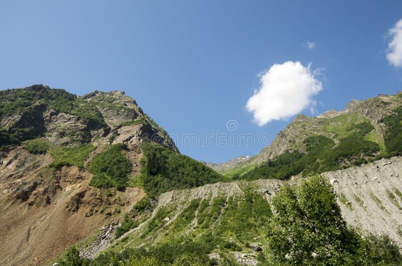 Foto di concetto di turismo di viaggio Georgia/Svaneti/Mestia fotografie stock libere da diritti