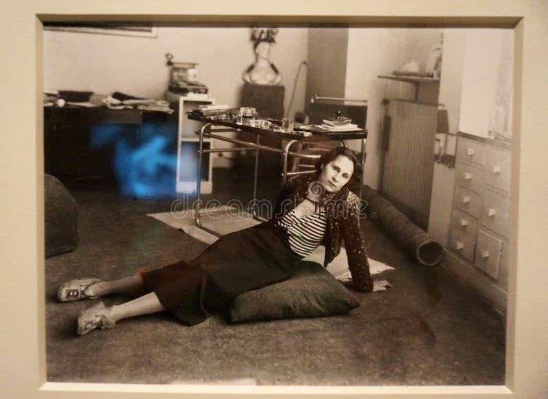 Foto di Gala Dali al museo fotografie stock