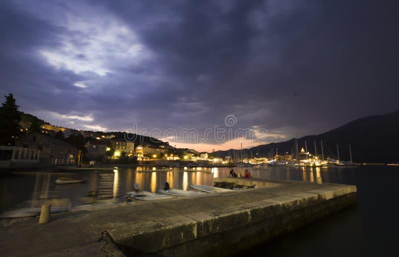 Foto di tramonto di notte in Croazia fotografia stock libera da diritti