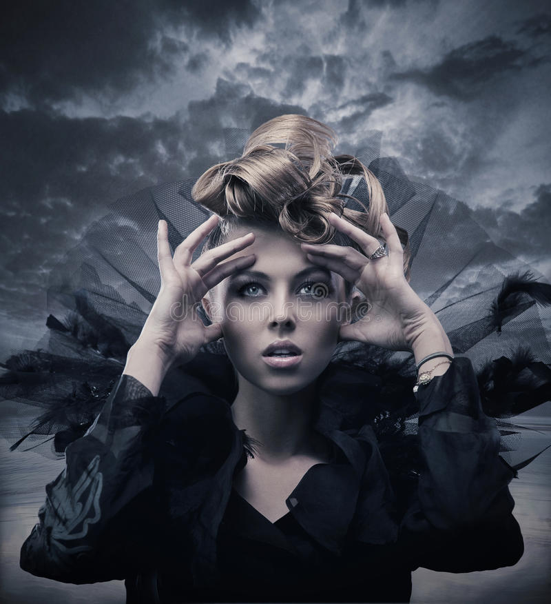 Foto di una donna gotica fotografie stock libere da diritti