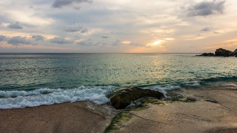 Foto di viaggio dell'isola della st Barth, i Caraibi Shell Beach famosa, nei Caraibi di St Bart della st Barth fotografie stock