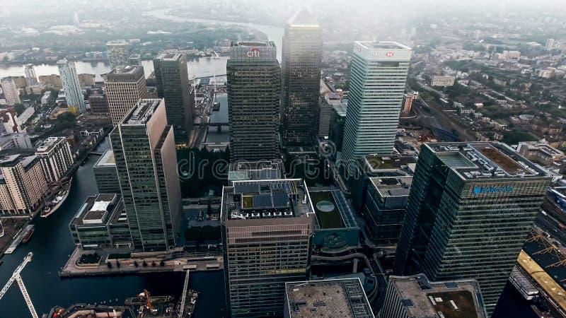Foto di vista aerea del distretto e dei grattacieli finanziari della città di Londra fotografie stock libere da diritti