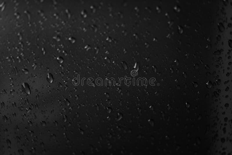Foto do close-up, pingos de chuva, pingos de chuva, imagens preto e branco, sum?rio, fundos, texturas, espa?o vazio de copi, test foto de stock