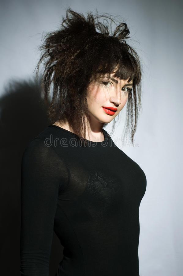 Foto do estúdio da mulher nova fotos de stock royalty free