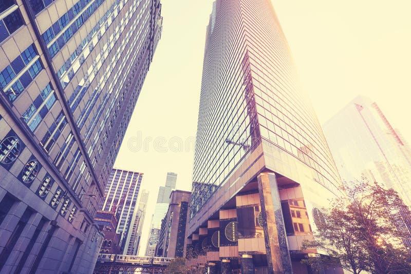 Foto do estilo do vintage de Chicago do centro no por do sol imagens de stock royalty free