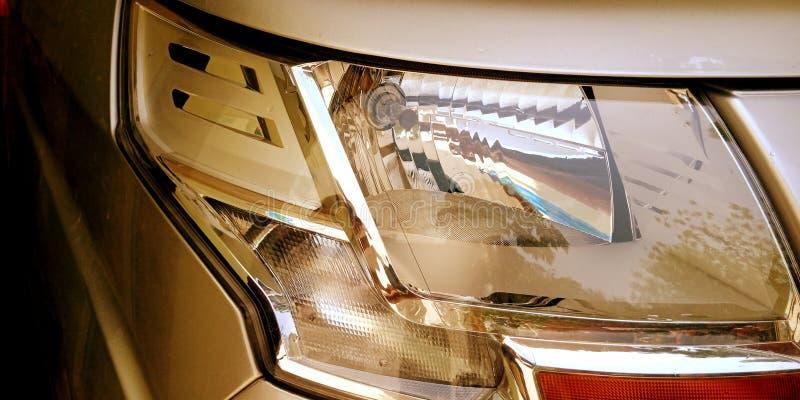 Foto do estoque do anjo do farol do lado do carro imagem de stock