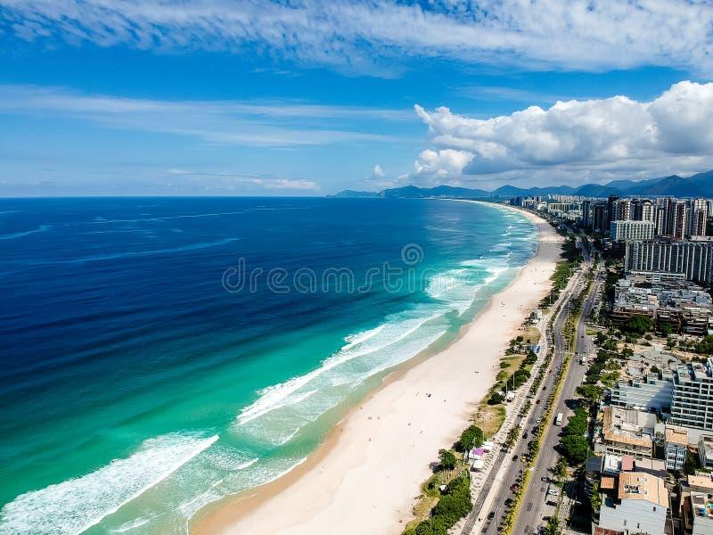Foto do zangão da praia de Barra da Tijuca, Rio de janeiro, Brasil fotos de stock royalty free