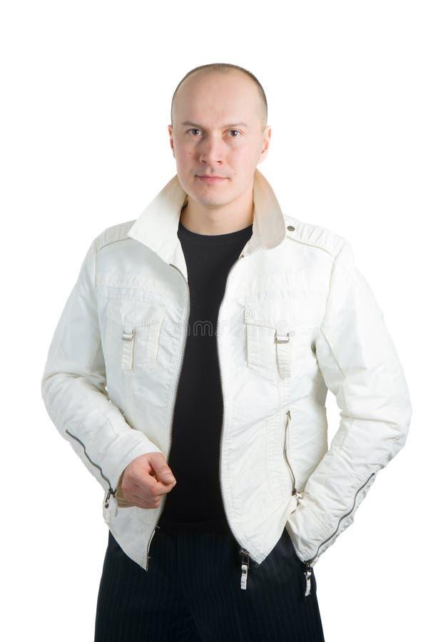 Foto eines Mannes in der weißen Jacke stockbild