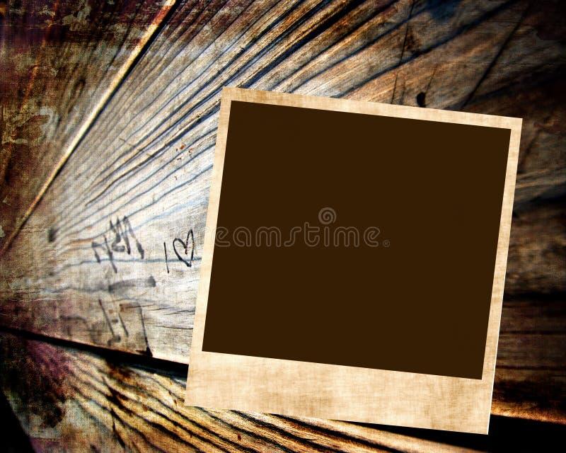 Foto em branco no fundo de madeira ilustração stock