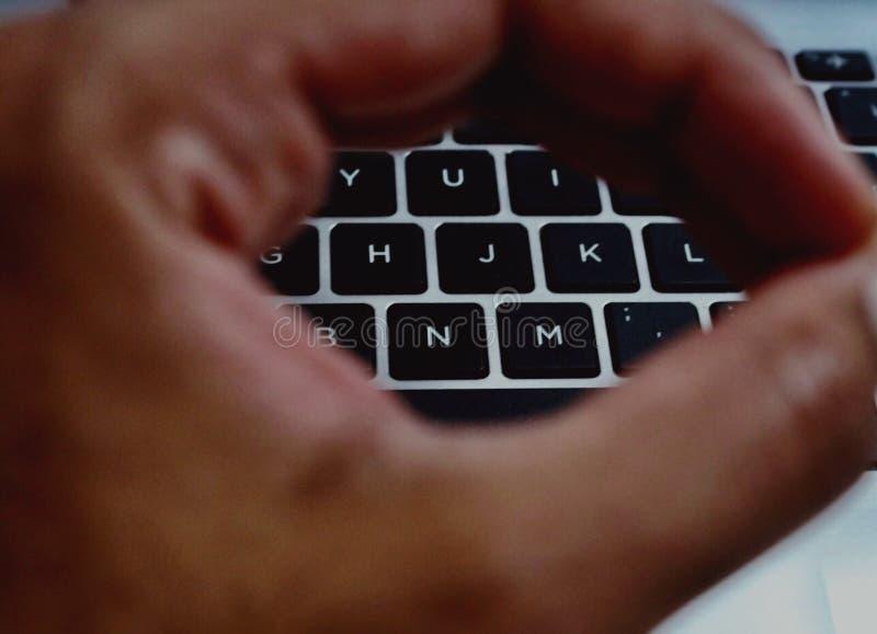 Foto enfocada de palabras claves del teclado imágenes de archivo libres de regalías