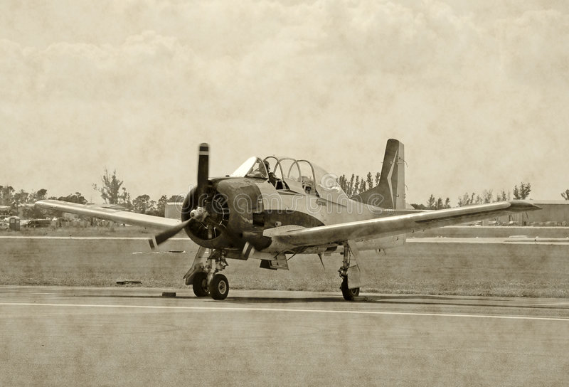 Foto envelhecida do avião de WWII imagem de stock