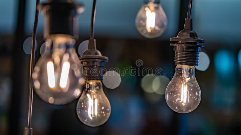 Foto för belysning för tappningtaklampa arkivbilder
