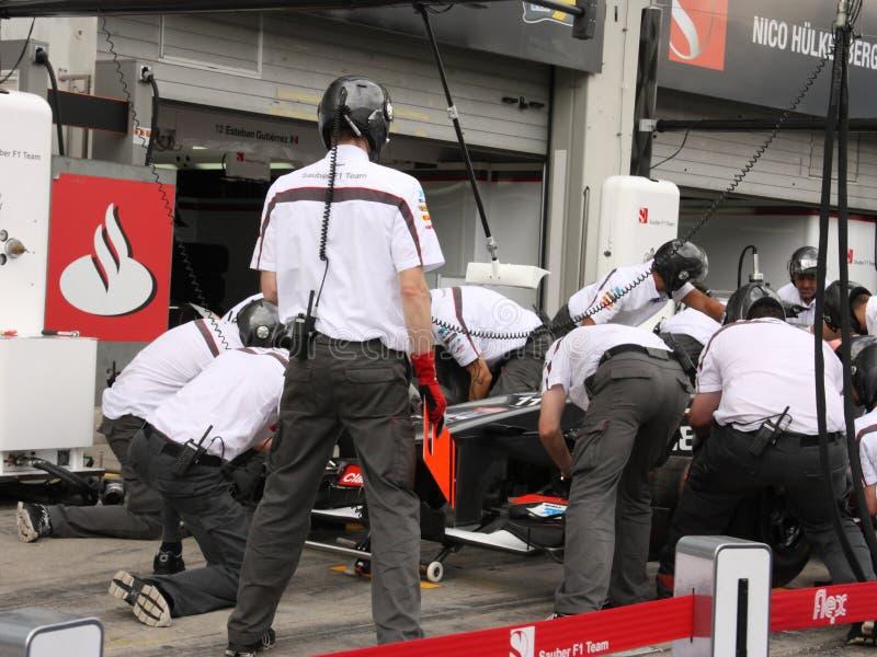 Foto F1: Coche de carreras de Sauber de la fórmula 1 – foto común foto de archivo