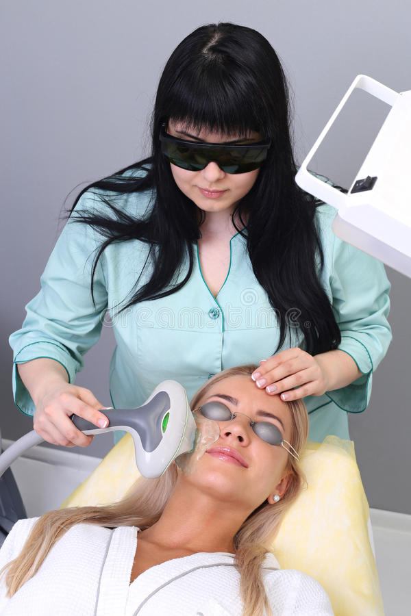 Foto-Gesichtsbehandlungs-Therapie Antialternverfahren lizenzfreies stockbild