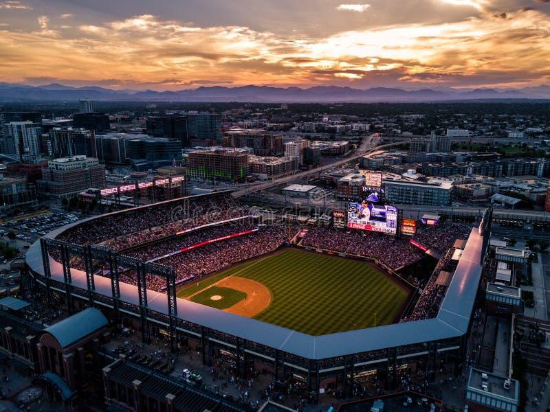 Foto hermosa del abejón de Denver Colorado en la puesta del sol fotos de archivo