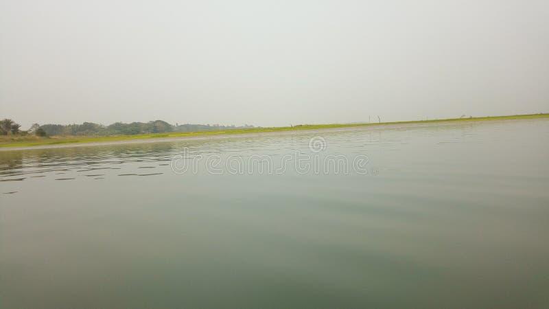 Foto lateral del río fotos de archivo