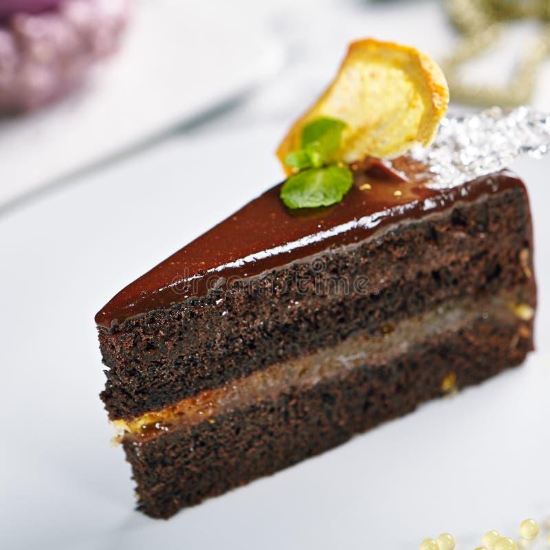 Foto macra de la torta de chocolate imagenes de archivo