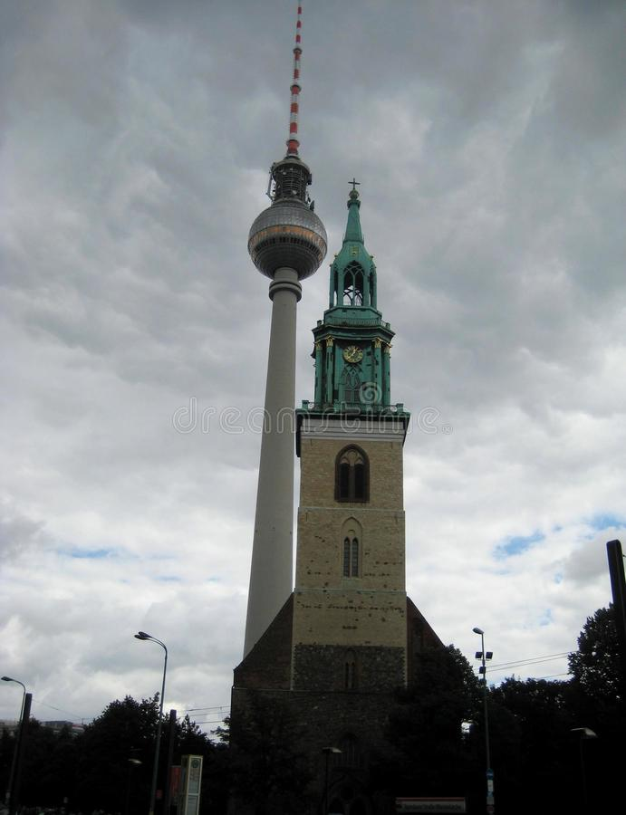 Foto macro com a estrutura arquitetónica do fundo das igrejas cristãs de construções históricas imagem de stock