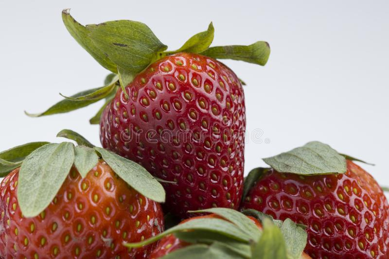 Foto macro de morangos vermelhas maduras foto de stock