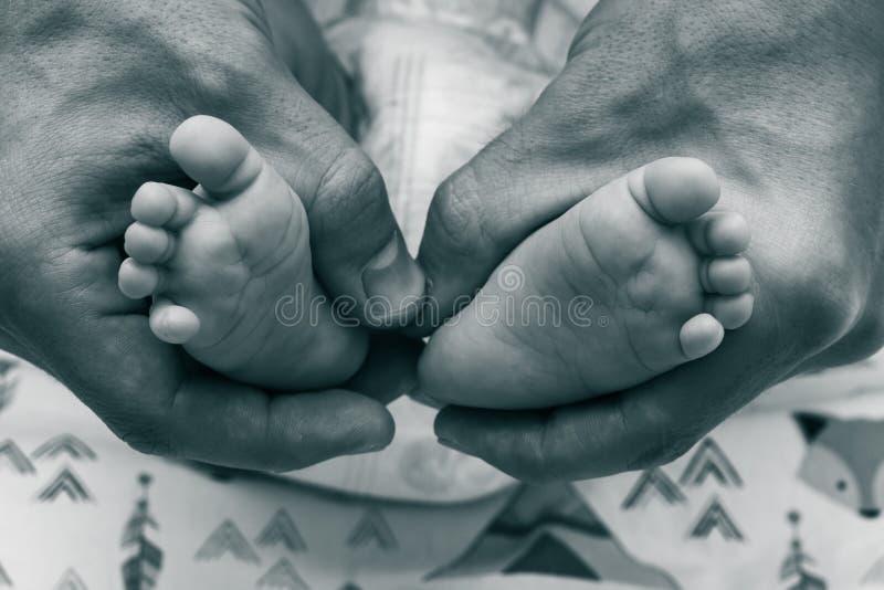 Foto med barns ben royaltyfri bild