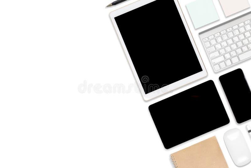 Foto plana de la endecha de la tabla de la oficina con el ordenador portátil, la tableta digital, el teléfono móvil y los accesor ilustración del vector