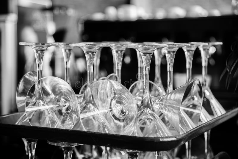 foto preto e branco dos vidros fotos de stock